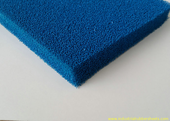 Good Resilience Smooth Open Cell Silicone Foam Rubber Sheet Dalam Warna Biru dan Merah